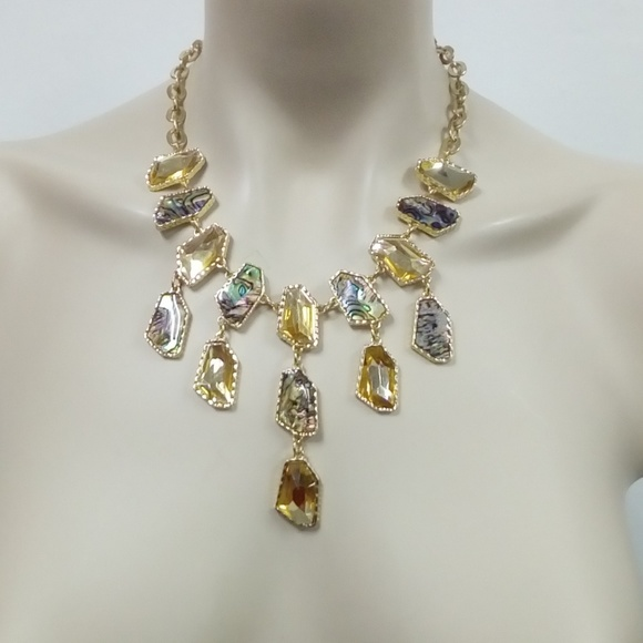 Jewelry - NWT Abalone Necklace